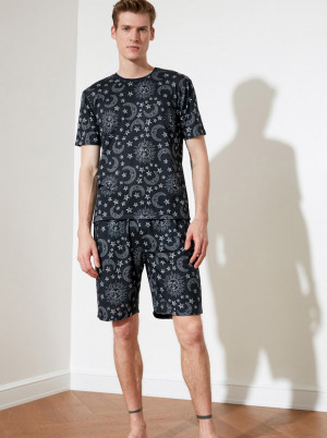 Trendyol černé pánské pyžamo s motivy