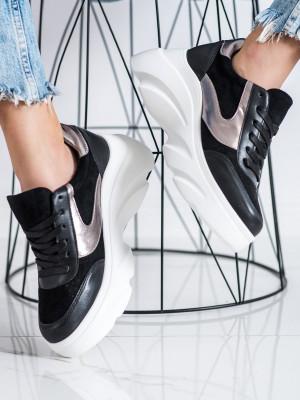 Pěkné černé  tenisky dámské bez podpatku
