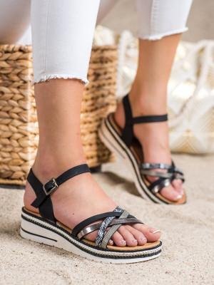 Krásné  sandály černé dámské na klínku