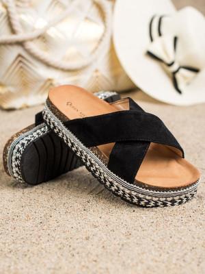 Klasické  nazouváky dámské černé bez podpatku