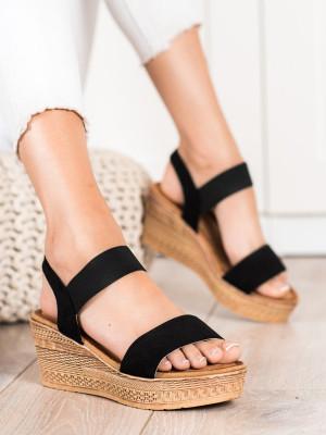 Moderní černé dámské  sandály na klínku