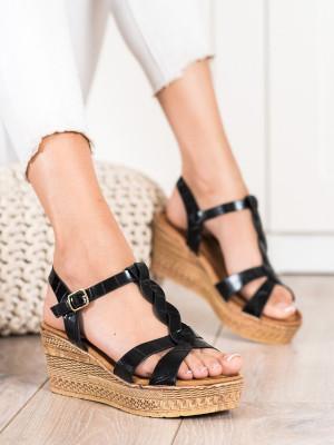 Originální černé dámské  sandály na klínku