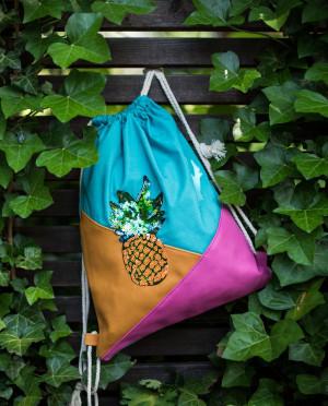 Taška - sáček Art Of Polo 21911 Ananas vícebarevný 34x42 cm