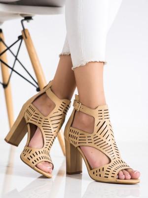 Luxusní hnědé  sandály dámské na širokém podpatku