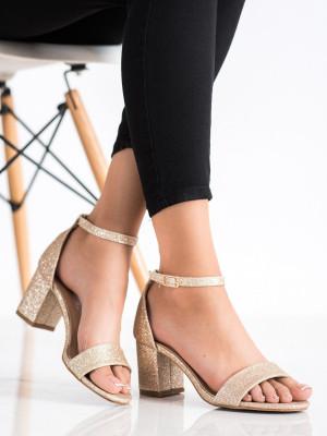 Designové dámské  sandály zlaté na klínku