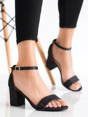 Luxusní dámské  sandály černé na klínku