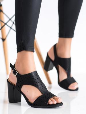 Komfortní  sandály černé dámské na širokém podpatku