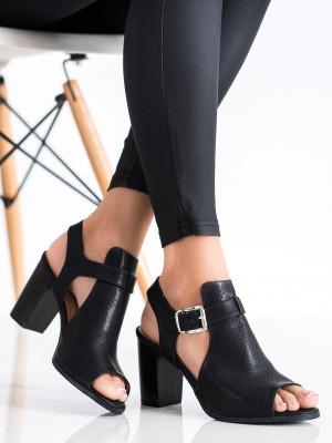 Módní dámské černé  sandály na širokém podpatku