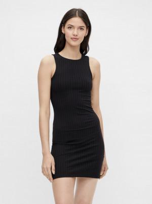 Pieces černé pouzdrové šaty