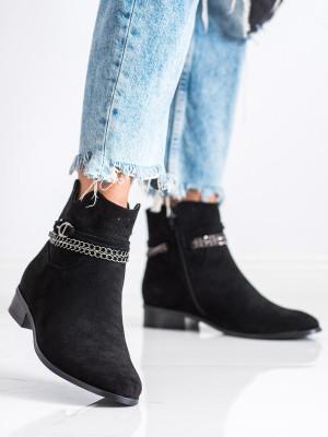 Výborné dámské černé  kotníčkové boty na plochém podpatku