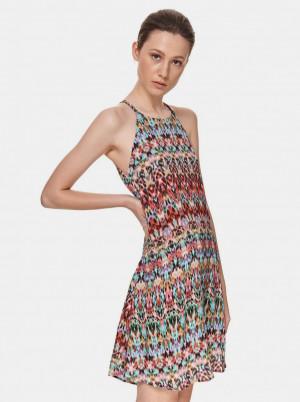 TOP SECRET barevné vzorované šaty
