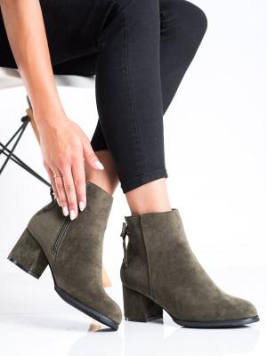 Zajímavé  kotníčkové boty dámské zelené na širokém podpatku