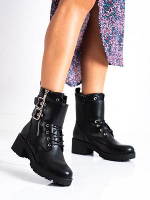 Klasické černé  kotníčkové boty dámské na širokém podpatku