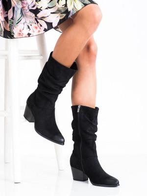 Komfortní dámské  kozačky černé na širokém podpatku