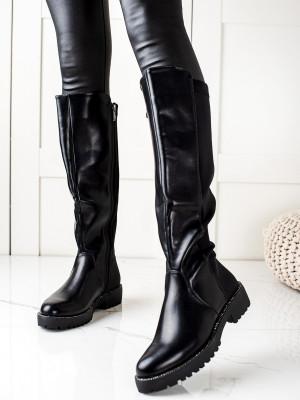 Jedinečné  kozačky dámské černé na plochém podpatku