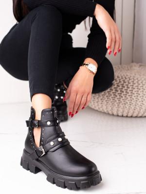 Výborné černé dámské  kotníčkové boty na plochém podpatku