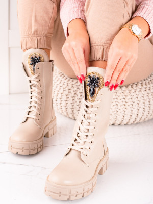 Výborné  kotníčkové boty dámské hnědé na plochém podpatku
