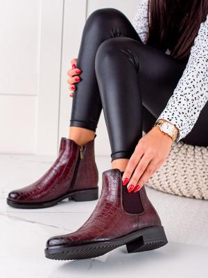 Krásné dámské  kotníčkové boty červené na plochém podpatku