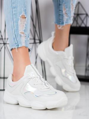 Pohodlné bílé dámské  tenisky bez podpatku