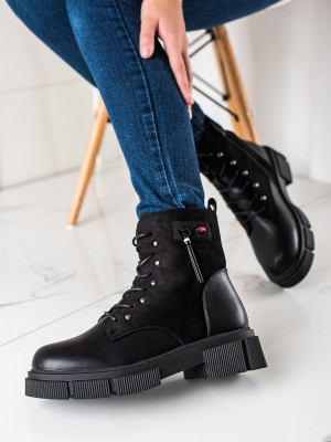 Módní dámské  kotníčkové boty černé na plochém podpatku