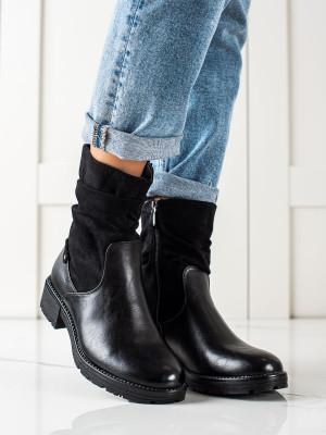 Pěkné  kotníčkové boty dámské černé na plochém podpatku